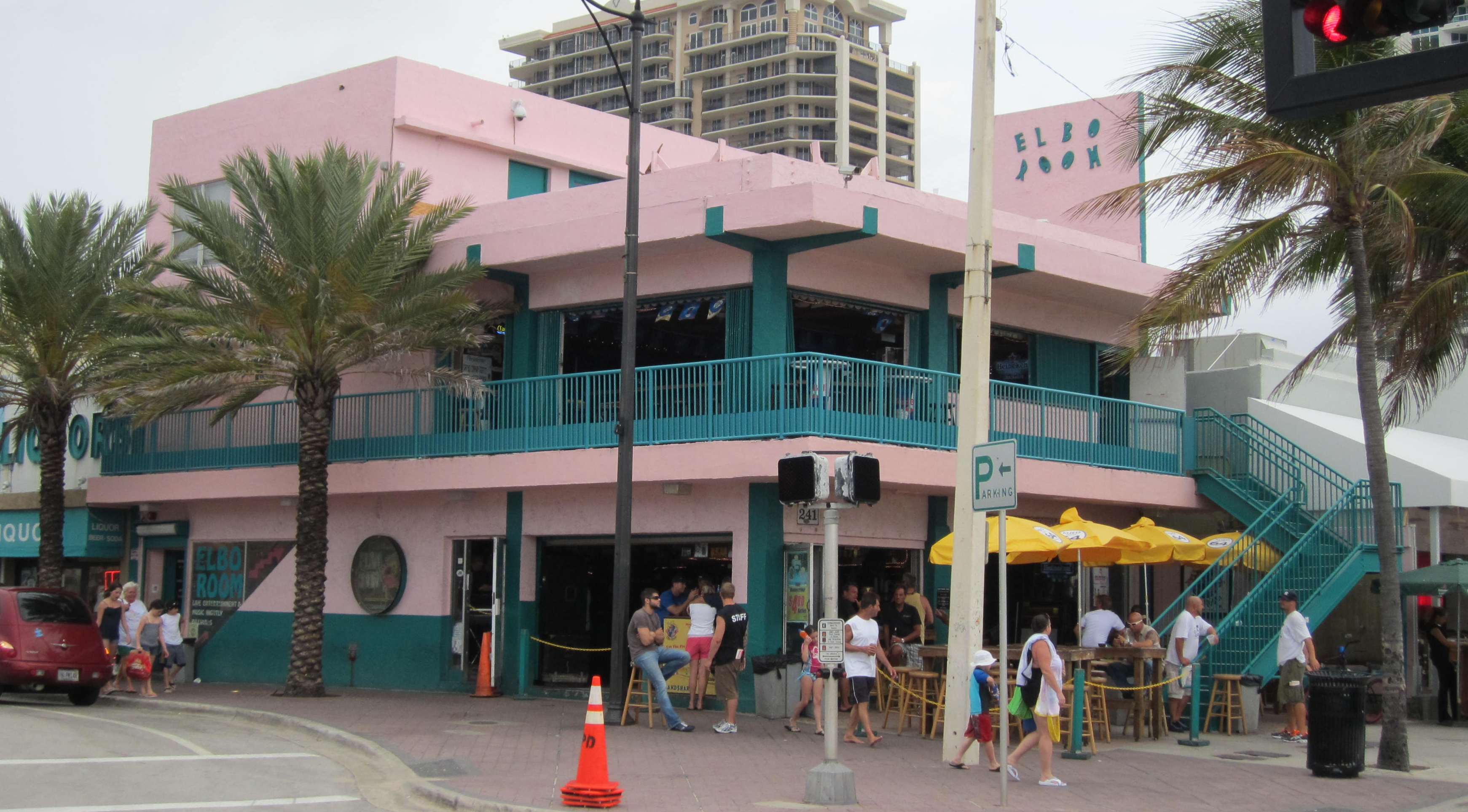 Elbo_Room_(Fort_Lauderdale%2C_Florida)_002_crop.jpg
