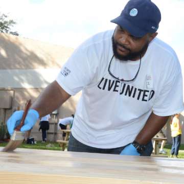 United Way of Broward County Get Dirty Day